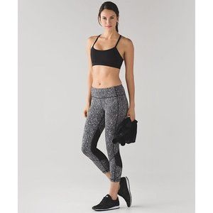 """Lululemon Pace Rival Crop 19"""" Power Luxtreme 8"""